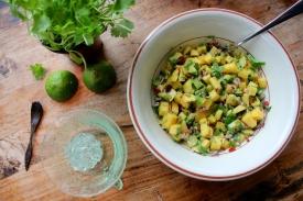 Mango og avokadosalsa