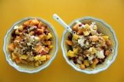 Yoghurt med frukt og nøtter